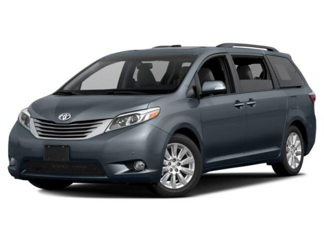 2017 Toyota Sienna Limited 7 Passenger Van Passenger Van