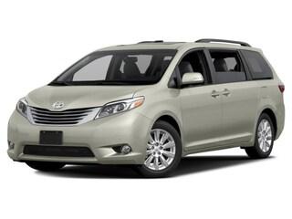 2017 Toyota Sienna Limited AWD 7 Passenger !  Van Passenger Van