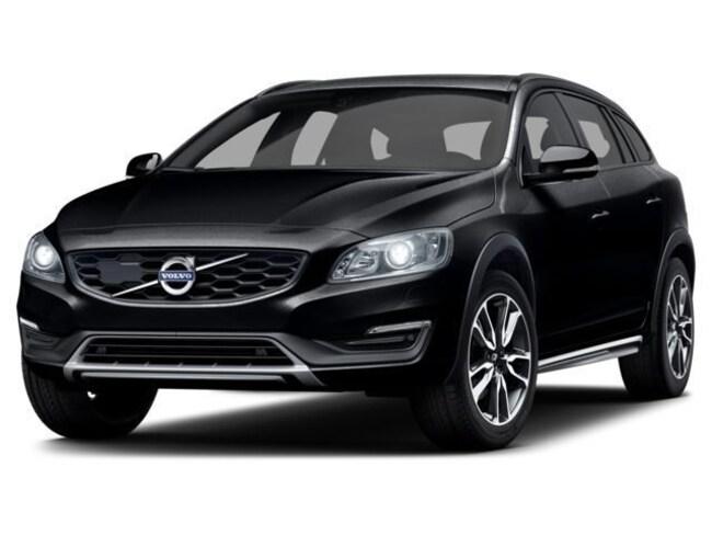 2017 Volvo V60 Cross Country T5 Wagon