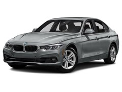 2018 BMW 330i xDrive - ACTIVE BLIND SPOT DETECTION  Sedan