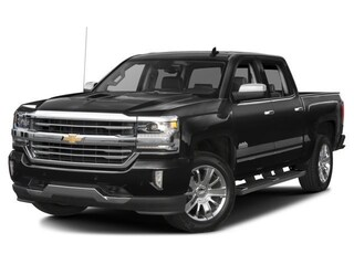 New 2018 Chevrolet Silverado 1500 High Country Wireless Charging Port! Truck Crew Cab 3GCUKTEC7JG428645 In Wetaskiwin & Ponoka, AB