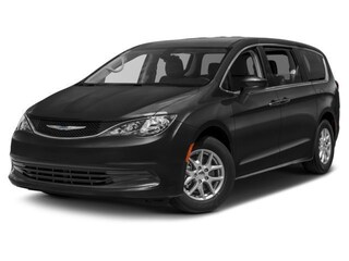 2018 Chrysler Pacifica L Van Passenger