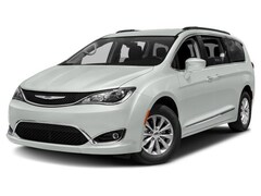 2018 Chrysler Pacifica Limited | COMPANY DEMO | Minivan