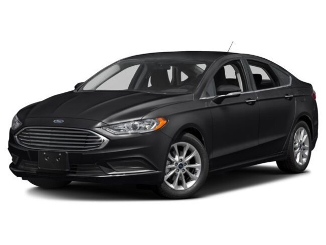 2018 Ford Fusion Costco x 2 SE. USED DEMO SE FWD
