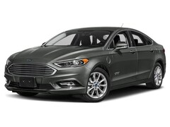2018 Ford Fusion Energi SE Car