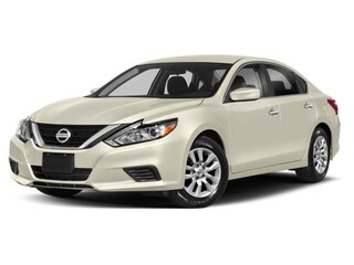 2018 Nissan Altima 2.5 SV / Clean CarFax / Warranty / Non-Smoking ... Sedan