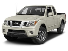 2018 Nissan Frontier PRO-4X Extended Cab Pickup