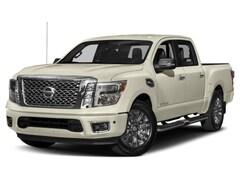 2018 Nissan Titan Platinum Two-Tone Truck Crew Cab