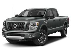 2018 Nissan Titan XD Crew Cab XD PRO-4X 4x4 Truck Crew Cab