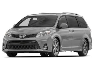 2018 Toyota Sienna SE Technology Package Van Passenger Van