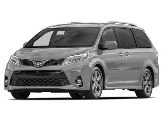 2018 Toyota Sienna XLE AWD 7-Passenger V6 Minivan