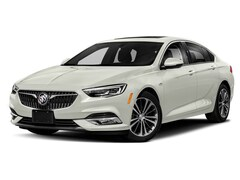2019 Buick Regal Essence Hatchback