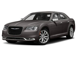 2019 Chrysler 300 Touring Sedan 2C3CCARG4KH566448