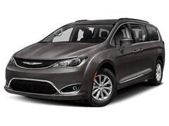 2019 Chrysler Pacifica Touring-L Mini-van, Passenger PA1905