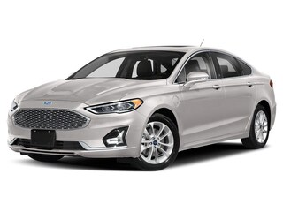 2019 Ford Fusion Energi Titanium Berline 2.0L Ordinaire sans plomb White Platinum Tri-Coat