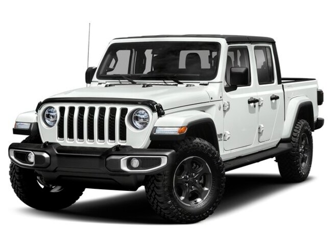 2020 Jeep Gladiator Overland Truck Crew Cab in Kenora, ON, at Derouard RAM Jeep Dodge Chrysler