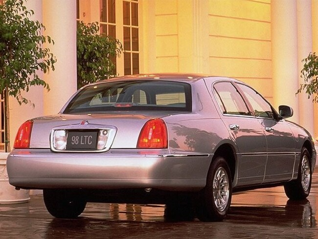 Used 1998 Lincoln Town Car Cartier For Sale Barrie On