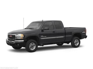 2005 GMC Sierra 2500HD **6.6L Diesel!  Low kms!  Leather Interior!** Truck Extended Cab