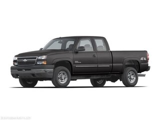 Pre-owned 2007 Chevrolet Silverado 2500HD LS Truck Classic Extended Cab 1GCHK29U17E183999 T07073 for sale in Cold Lake AB