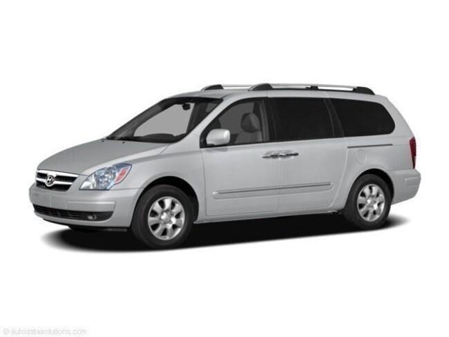 2008 Hyundai Entourage Minivan