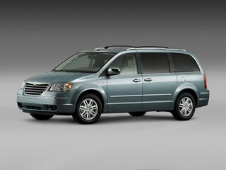 2010 Chrysler Town & Country TOURING Van Passenger Van