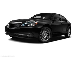 2011 Chrysler 200 -