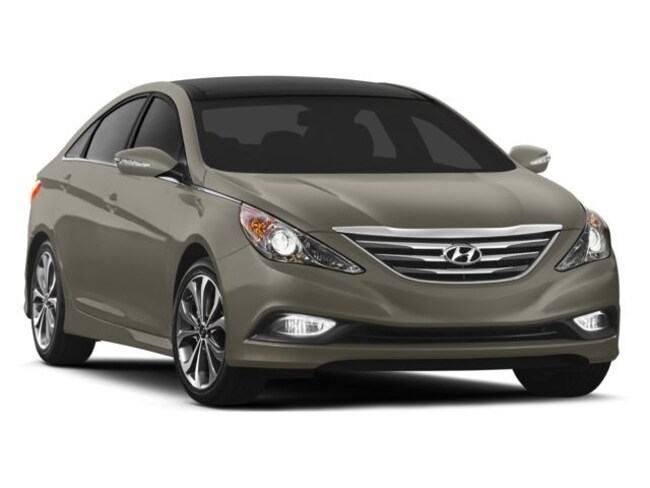 article reviews front tucson view crossover latest hyundai t in autos flinch doesn compact competition