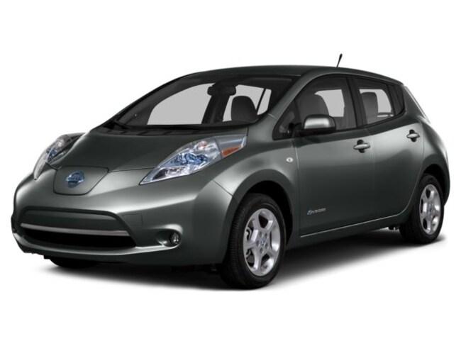 2016 Nissan LEAF ALL ELECTRIC -- $3000 SCRAP IT -- NO MORE GAS PUMPS Hatchback