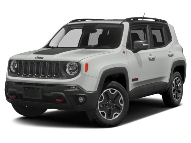 2017 Jeep Renegade Trailhawk**SKY Roof-NAV-Safety GP-Rear CAM. SUV
