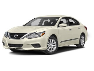2017 Nissan Altima Base - Bluetooth Sedan