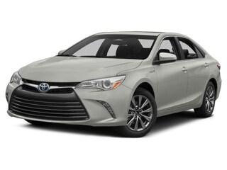 2017 Toyota Camry Hybrid XLE Sedan