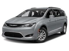 2018 Chrysler Pacifica Touring-L Plus Van