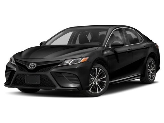 2018 Toyota Camry 4-Door Sedan XLE V6 6A Sedan