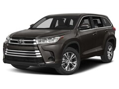 2018 Toyota Highlander LE AWD Upgrade Package SUV