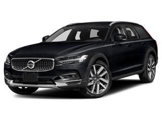 2022 Volvo V90 Cross Country B6 Wagon