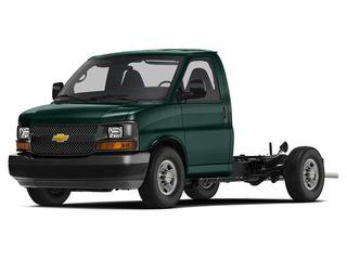2019 Chevrolet Express Cutaway 4500 Truck Woodland Green