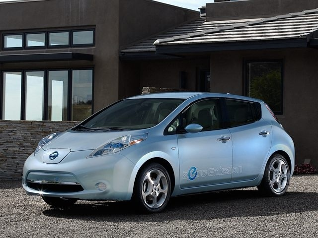 2011 Nissan LEAF at Midway Nissan