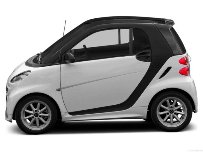new 2013 smart fortwo electric drive coupe passion crystal white for sale medford or lithia. Black Bedroom Furniture Sets. Home Design Ideas