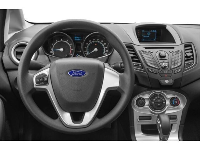 2016 Ford Fiesta S Sedan Previousnext