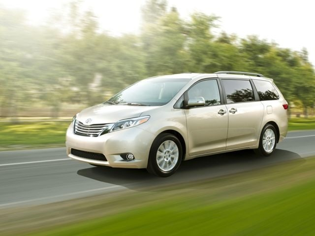 2017 Toyota Sienna LE 8 Passenger Special Edition Van