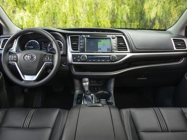 Toyota Highlander Driver Console