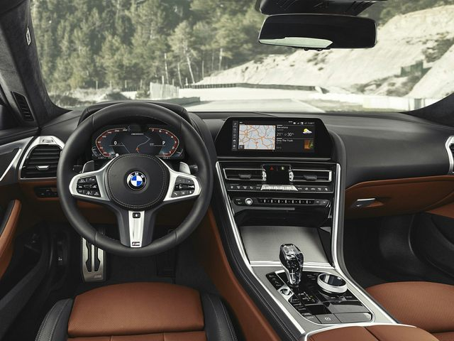 2019 BMW 8 Series Front Seat