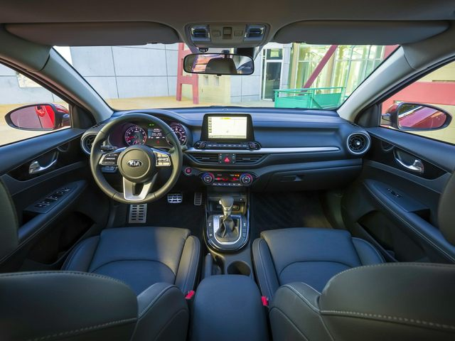Kia Forte Interior and technology