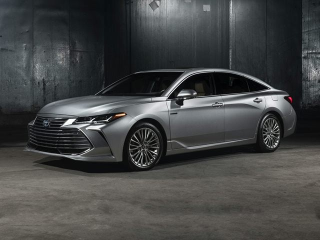 2019 Toyota Avalon Hybrid Sedan