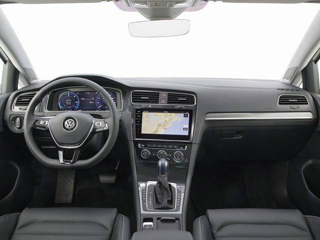 2019 Volkswagen e-Golf Interior