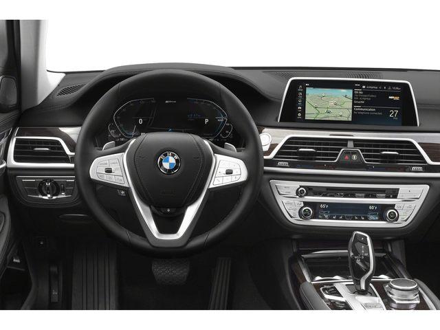 2020 BMW 745e Sedan