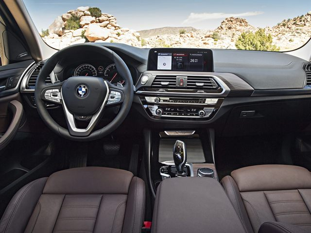 2020 BMW X3 Front Seat