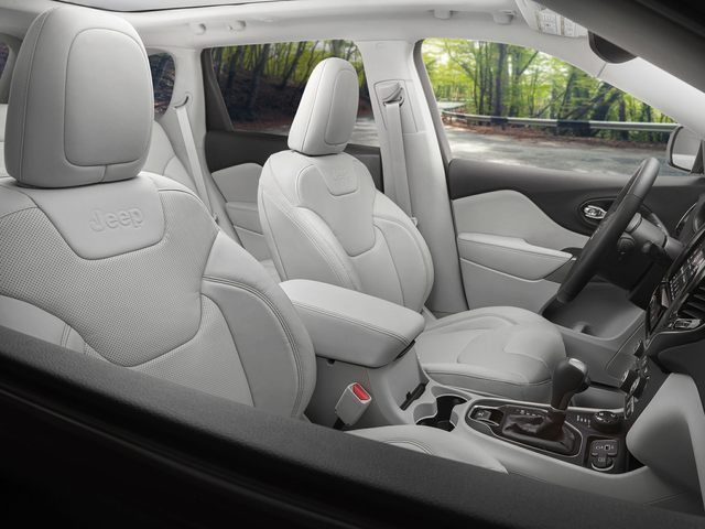 2020 Jeep Cherokee Front Seat