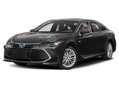 New 2020 Toyota Avalon Hybrid XLE Sedan