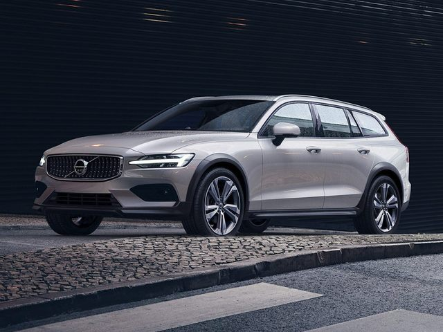 Volvo V60 Cross Country Exterior Silver